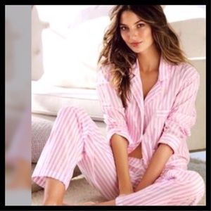 Victoria's Secret The Flannel Pajamas Pink & White